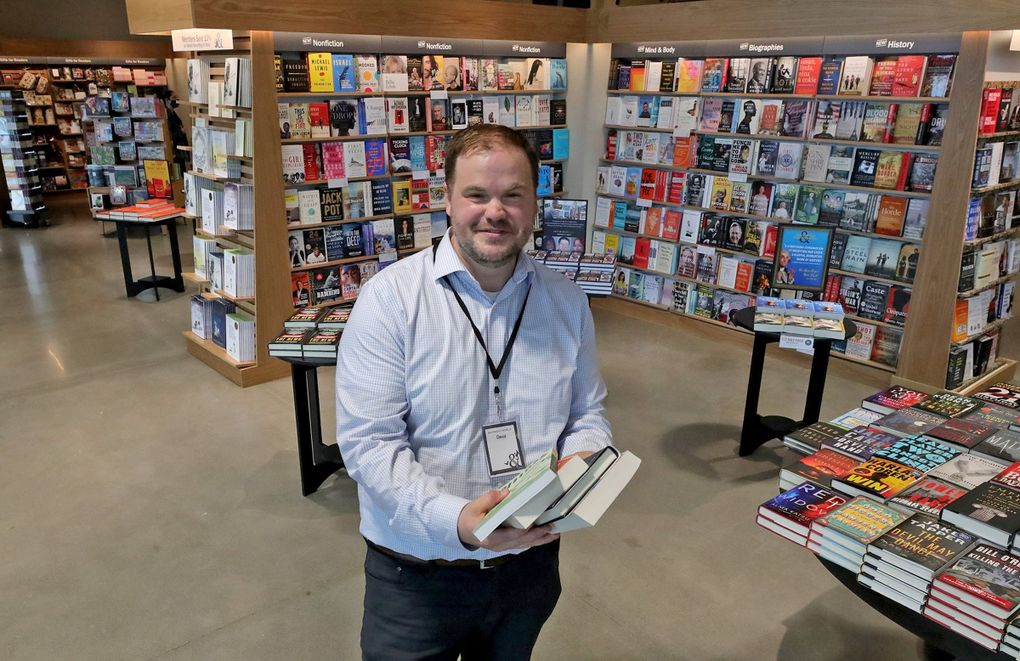 Dave Rossiter, manager at the Barnes & Noble at The Village at Totem Lake, is a 17-year Barnes & Noble employee who previously managed the shuttered Issaquah store. (Greg Gilbert / The Seattle Times)