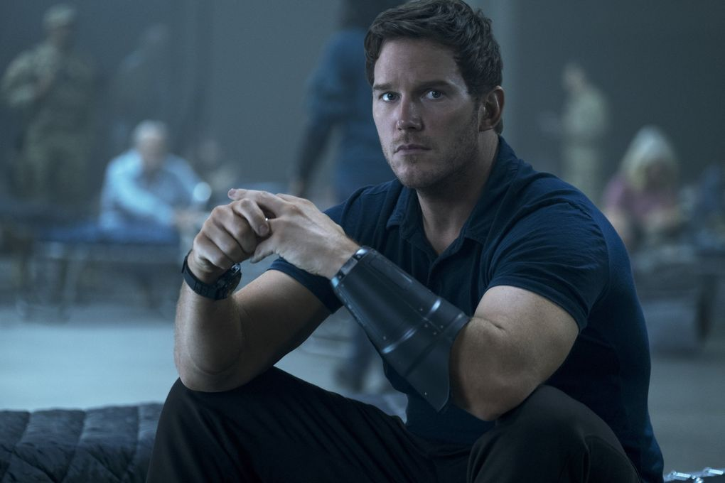"A schoolteacher (Chris Pratt) goes into the future to fight aliens in ""The Tomorrow War."" (Amazon Prime Video)"