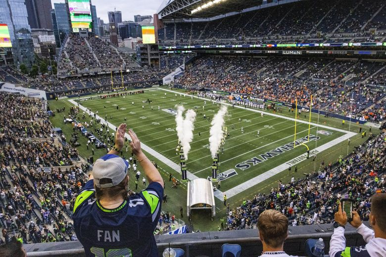 Seahawks fans returned to Lumen Field for the first time in two season Saturday. (Dean Rutz / The Seattle Times)