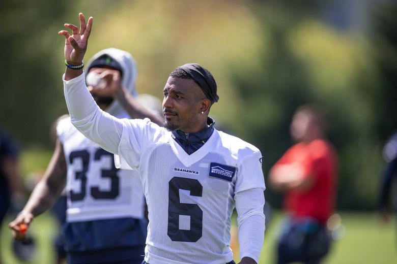 Quandre Diggs acknowledges fans at the VMAC in Renton, July 28, 2021. (Dean Rutz / The Seattle Times)