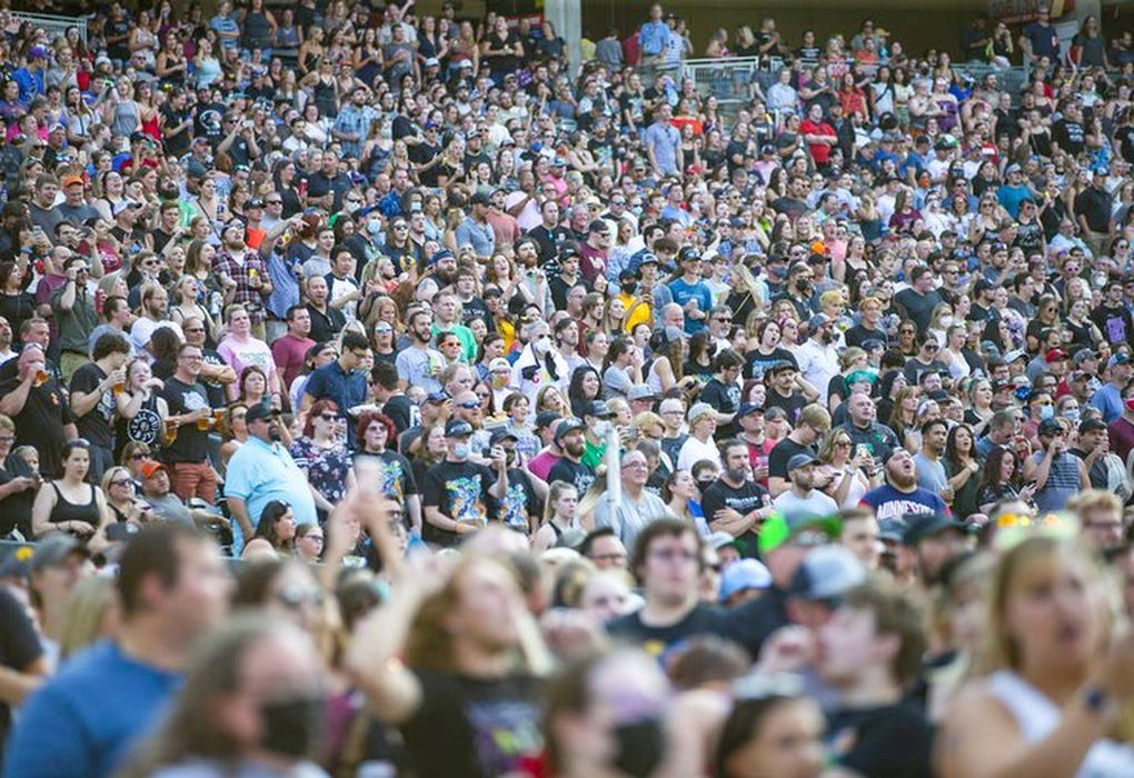 Thousands of fans packed Target Field for the Hella Mega Tour in Minneapolis, Aug. 23, 2021. (Alex Kormann / TNS)