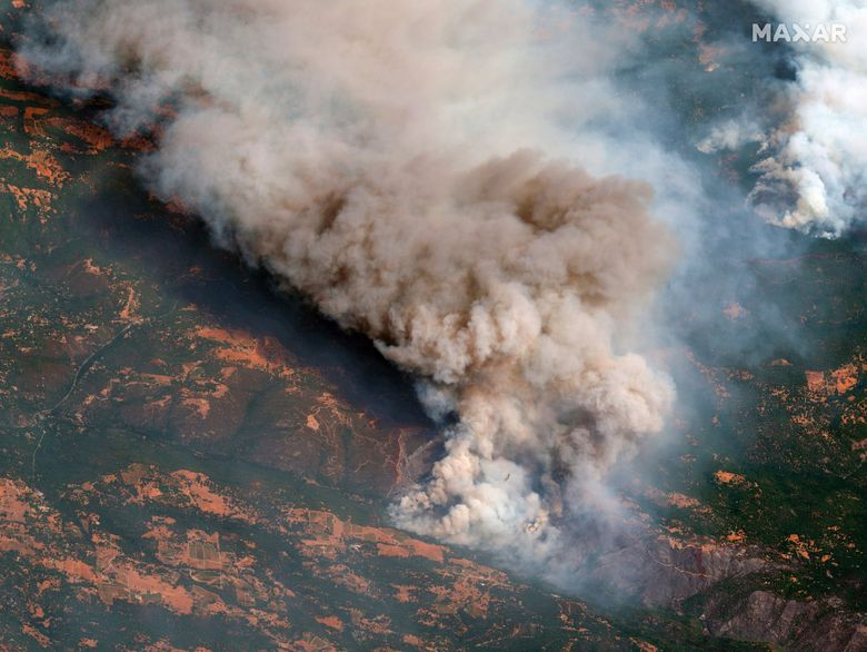 Satellite image provided by Maxar Technologies shows the active fire line of the Caldor Fire near South Lake Tahoe, Calif., Aug. 25, 2021. (Satellite image ©2021 Maxar Technologies via AP)