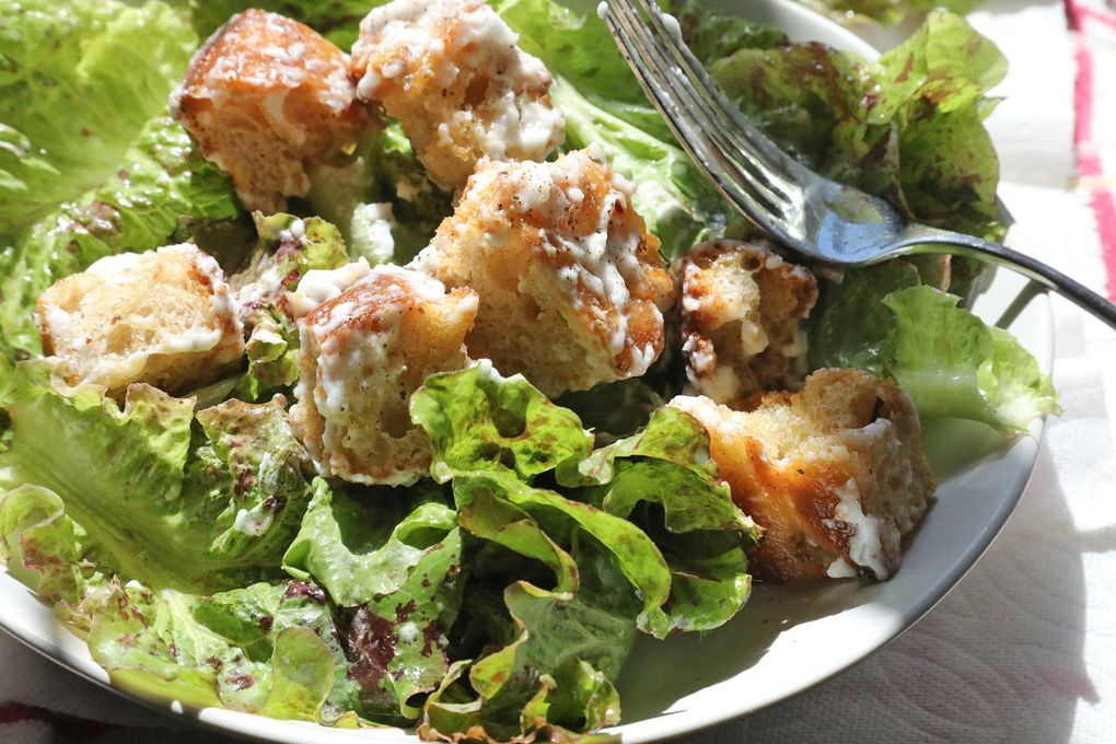 """Brett Bankson, a Seattle-area neuroscience student, is competing on the TV show """"Top Chef Amateurs."""" This is his finished focaccia salad with croutons. (Greg Gilbert / The Seattle Times)"""