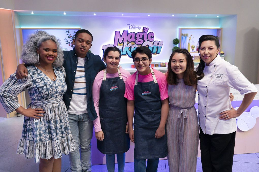 """Hosts Dara Reneé and Issac Ryan Brown (left), with Bellevue friends Zahira Amarsi and Amar Deshpande, guest judge Mia Starr and pastry chef Gracie Gomez on """"Disney's Magic Bake-Off.""""  (Aaron Epstein / Disney)"""