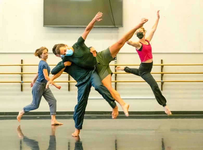 """Chamber Dance Company members (left to right) Jenn Pray, Gary Champi, Alexander Olivieri and Alethea Alexander rehearse Shapiro & Smith's """"Notes from a Séance"""" earlier this year. (Jim Coleman)"""